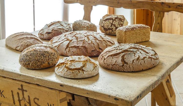 Brot (© Mauracherhof Bio-Bäckerei)