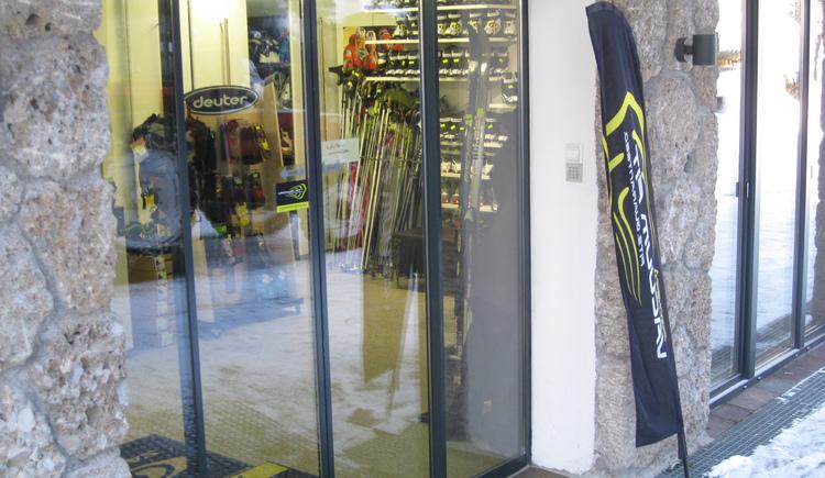 Ski rental Sport Auer (© Sport Auer Faistenau)