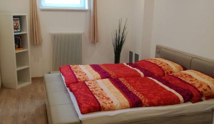 Haus Haslauer   Schlafzimmer (© Familie Haslauer)