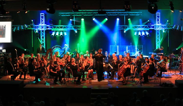 Das Kammerorchester Münzbach unter der Leitung von Mag.Georg Prinz.