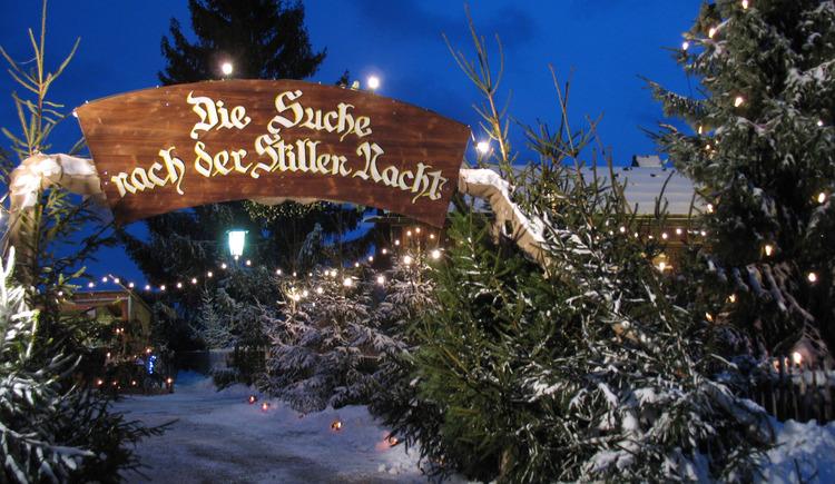 Adventmarkt Hochburg-Ach (© FX Gruber Gemeinschaft)