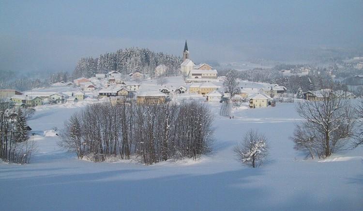 Schwarzenberg im Winter (© Gemeindeamt Schwarzenberg am Böhmerwald)