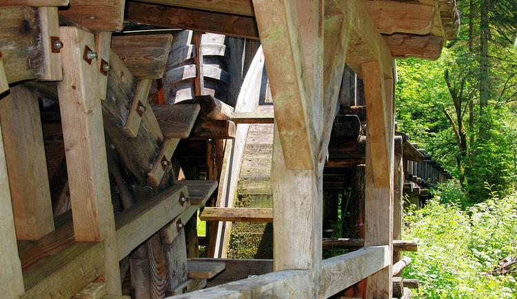 Wasserrad der Stummermühle (© TVB Pyhrn-Priel/Fischbach)