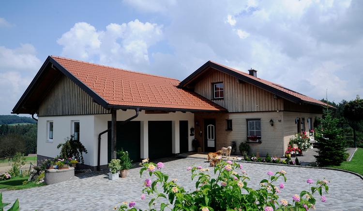 Privatzimmer Bachleitner in Maria Schmolln - Außenansicht Haus. (© Innviertel Tourismus)