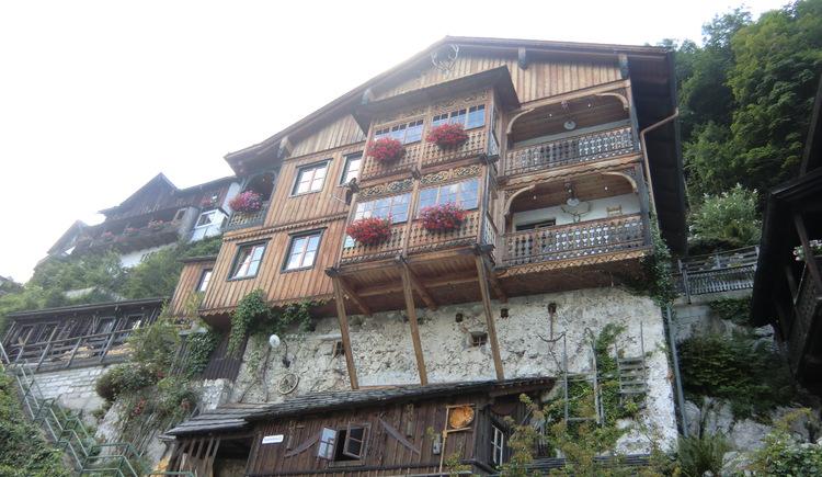 Ferienwohnung Höll Johann in Hallstatt am Oberen Weg mit Blick zum Hallstättersee in der Welterberegion Dachstein Salzkammergut.