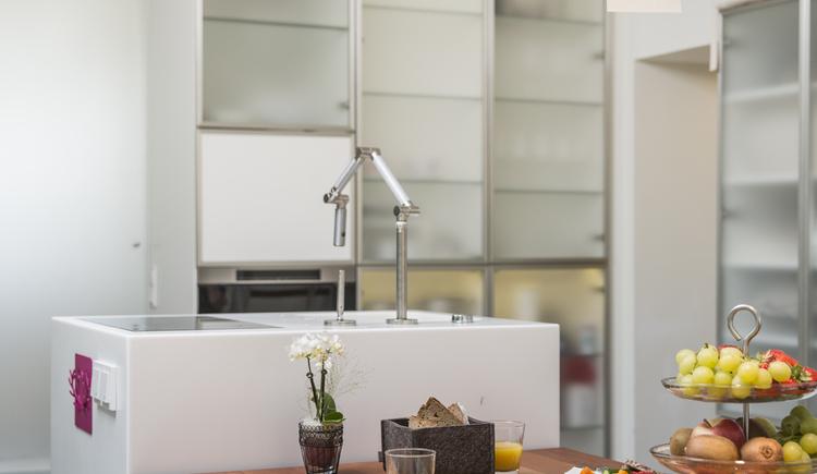 Wohnen in der Penthouse Suite Salz Hallstatt Hideaway (© Hallstatt Hideaway)