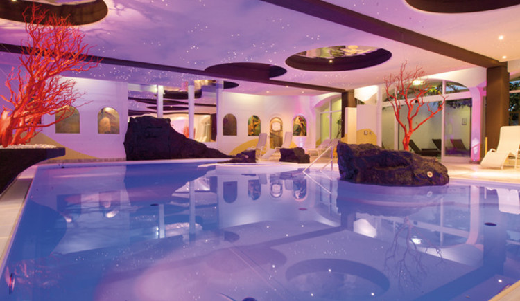 Indoorpool (© Hotel Almesberger)