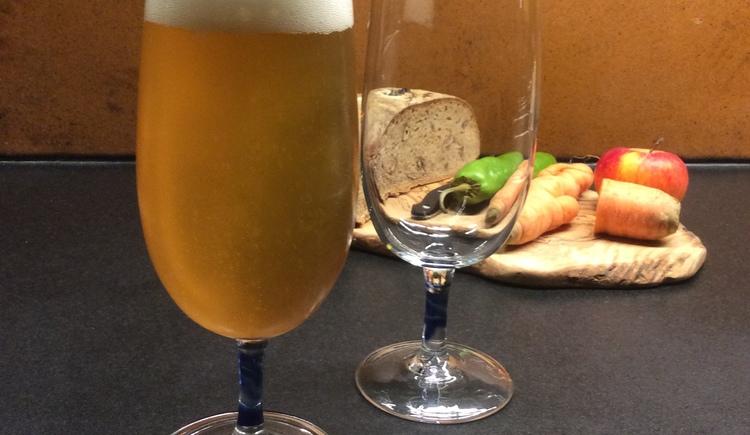 bierglas tulpe, formfrei mundgeblasen, thom feichtner, aschach a.d.donau