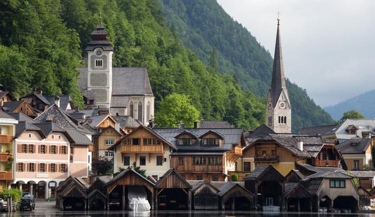 Die Pension Hallberg im Zentrum von Hallstatt. (© Pension Hallberg)