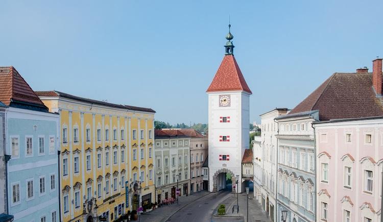 Der Ledererturm ist das Wahrzeichen der Stadt Wels. (© Wels Marketing & Touristik)