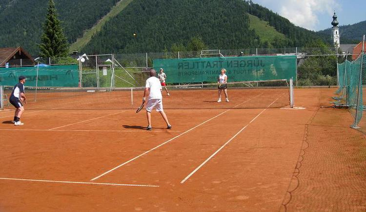 Tennis player - view to the centre of Faistenau