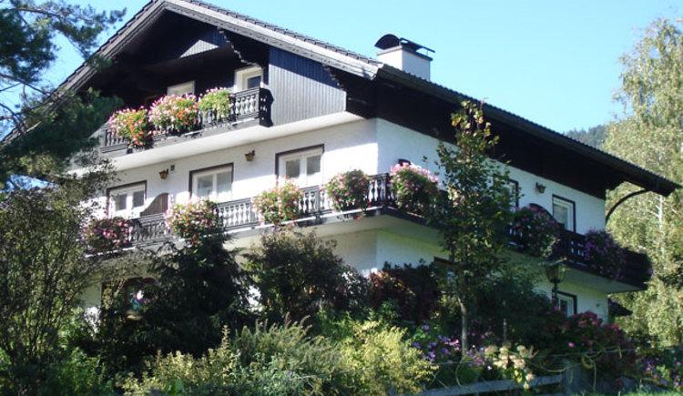 Haus Karl; Pension; Ferienwohnung; Zimmer