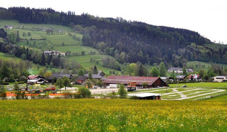 Reitanlage in Viechtwang (© S. Bauer)