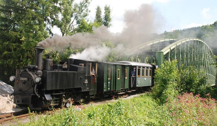 Steyrtal Museumsbahn zwischen Steyr und Grünburg. (© OEGG)