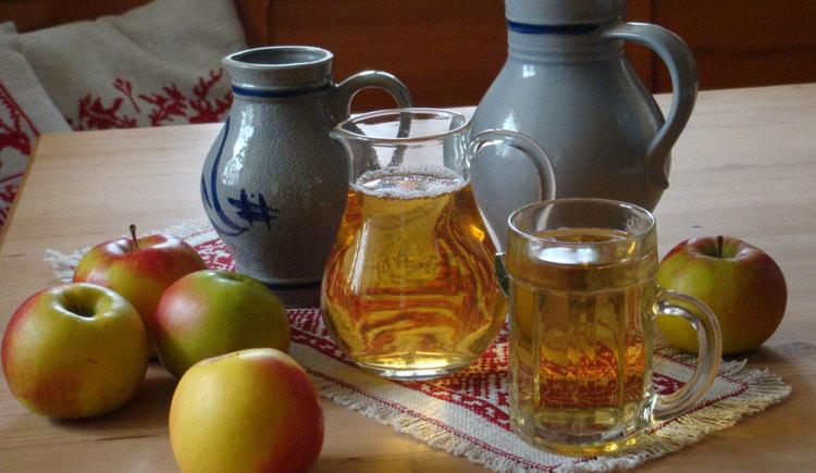 Hausgemachte Getränke (© Familie Kaltenböck)