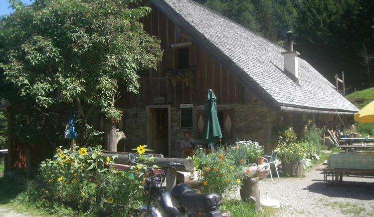 Hut Grögernalm (© Grögernalm Faistenau)