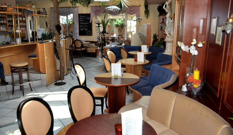Perg, Genuss, Café Konditorei Stöger, Sitzplätze