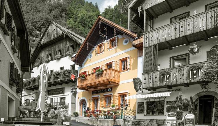 Enjoy some nights at the Salzhaus Hallstatt - buy some salt and enjoy the view of the market square.