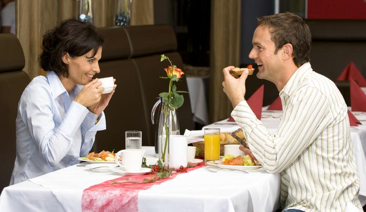 Gäste beim Frühstück