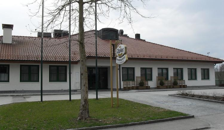 Veranstaltungszentrum.JPG