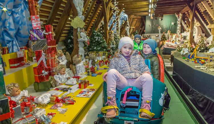 erlebnisbahn-im-weihnachtsmuseum-2-c-www-botagraph-com