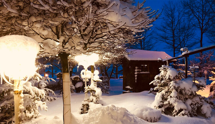 Winter landscape garden Hotel Eichingerbauer **** Superior (© Sabine Sperr)