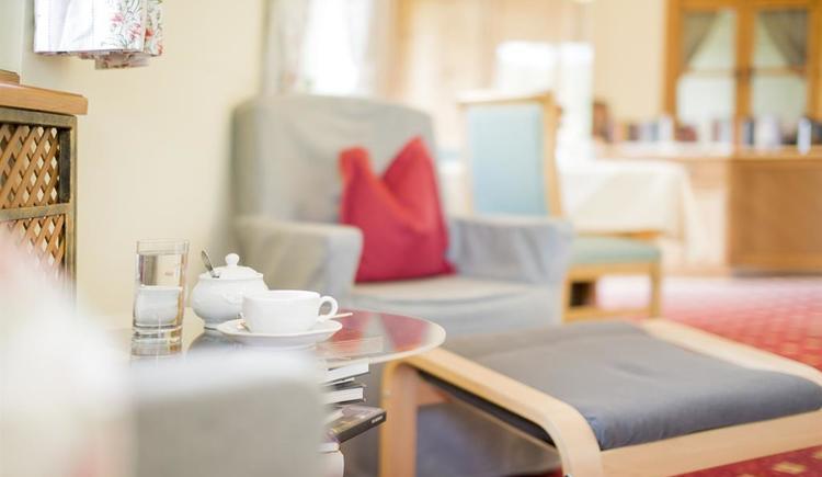 Sessel im Innenbereich Hotel Garni Sonnleitn