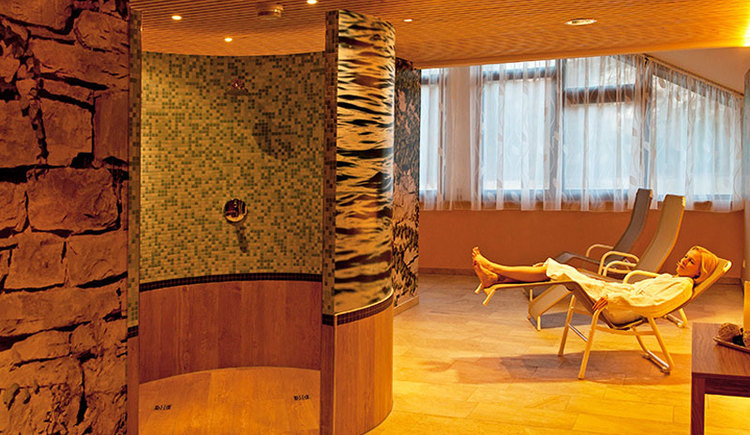 JUFA Hotel Almtal Wellnessbereich. (© JUFA Hotel Almtal (© Heinz Hudelist))