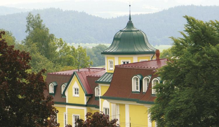 Petershofer - Schlossähnliches Haus mit herrlichem Blick auf die Alpen