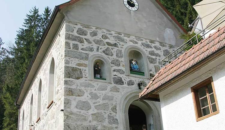 Kleine Kirche im Romantikdorf Kneiding in Schardenberg. (© Leader-Region Sauwald)
