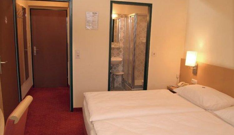 Die Zimmer im Grünen Anger im Ortsteil Hallstatt Lahn.