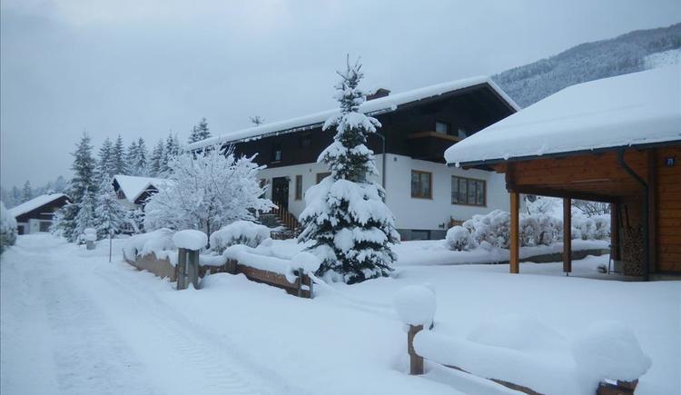 Unser Haus im Winter (© Edlinger)