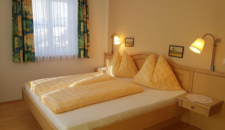 Schlafzimmer im Appartmenthaus Edda. (© Herman Dobetsberger)