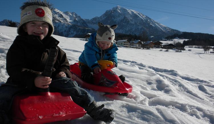 Zipflbob, Rodeln, schifahren , Kinder