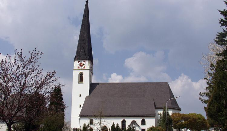 Pattigham_Kirche (© TTG Tourismus Technologie)