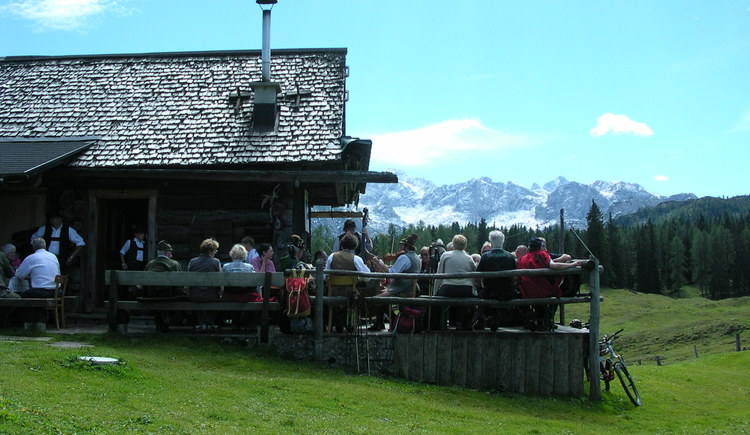 The Leutgeb hut in summer
