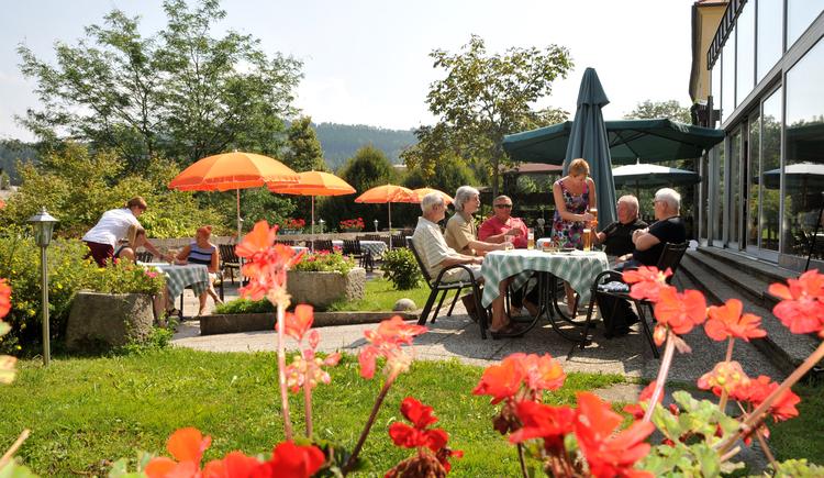 Gastgarten. (© Hotel zum Goldenen Hirschen)