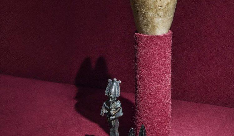altägyptischer Schakal, Symboltier des Gottes Anubis