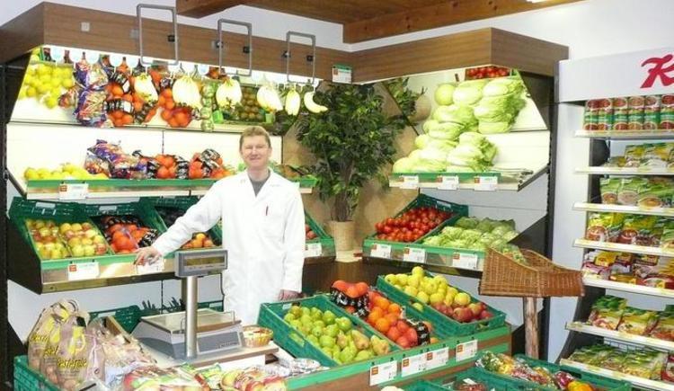 Obst- und Gemüsetheke (© Kaufhaus Schorn)