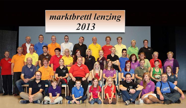 Alle Mitglieder auf einem Foto