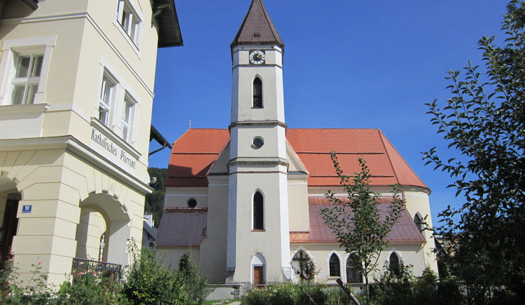 Side view of the catholic church in Bad Goisern.