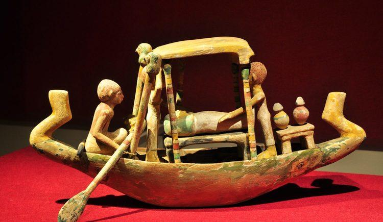 Ägyptisches Begräbnisboot
