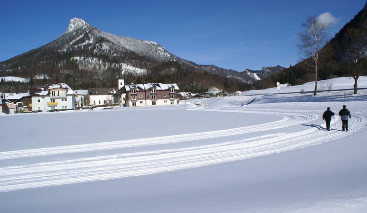 Cross-country skiing trail in the village centre (© Tourismusverband Fuschl am See, Bugarschitz)