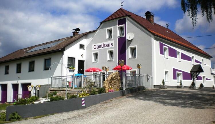 Gasthof Hinterkörner Ansicht - Sommer (© Gasthaus Hinterkörner)