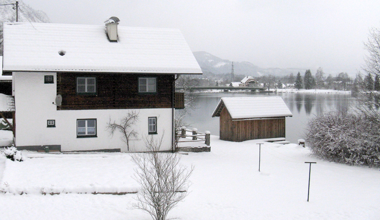Holiday house in Winter