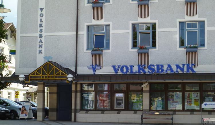 Die Volksbank befindet sich am Marktplatz im Zentrum von Bad Goisern. (© FR Dachstein Salzkammergut)