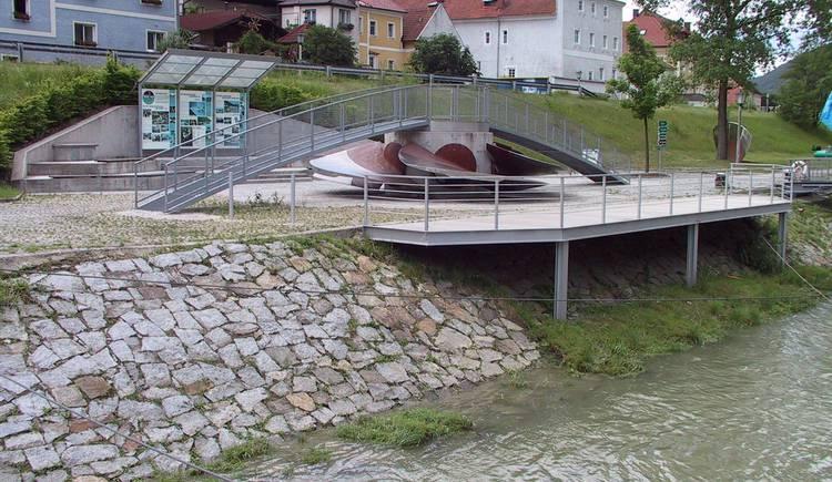 Engelhartszell, Info, Donau, Schiffsanlegestelle