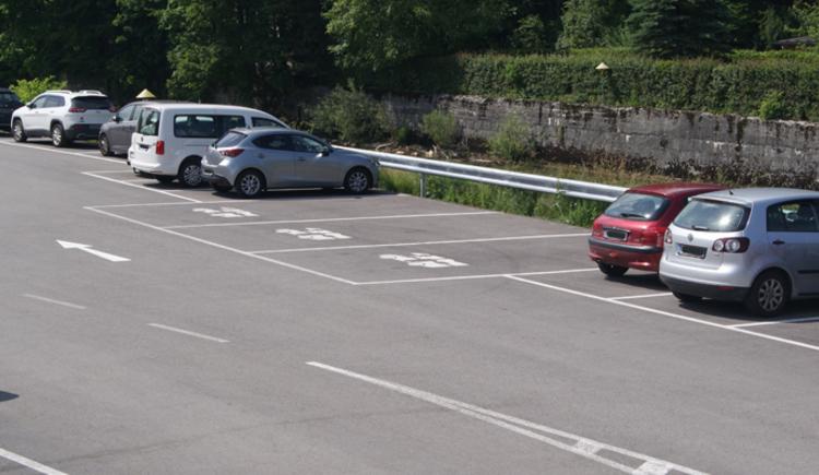"""Parkplatz \""""Kaiservilla\"""""""