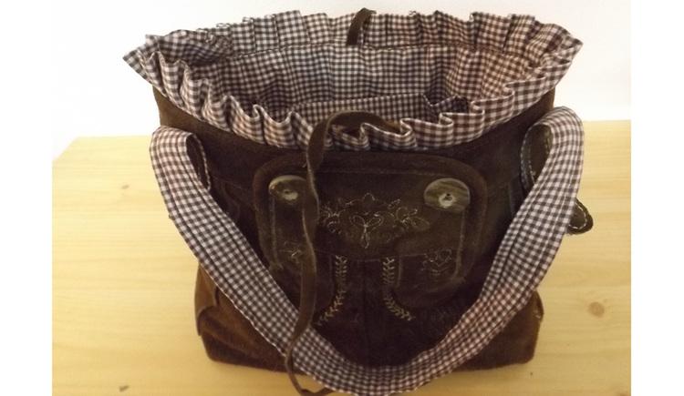 """traditional bag Looks like \""""Lederhose\"""""""