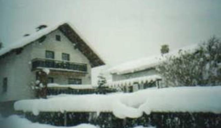 Unser Haus im Winter (© Perner)
